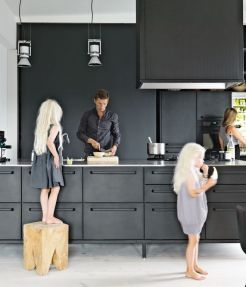 black kitchen and family