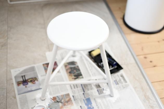 табурет и ножки белая краска